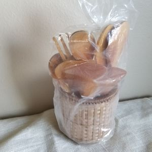Vintage Utensil Set Home Decor Wicker Basket